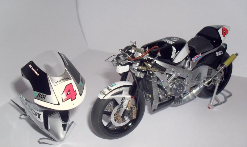 honda RS 250RW 2009 (la dernière 250 championne du monde) Sam_3432