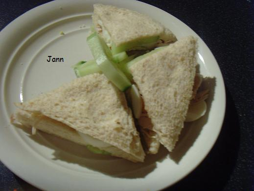 Sanduiche dupla de frango e ovo Foto_112