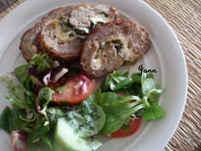 Rolo de carne com espinafres e queijo Sdc12718