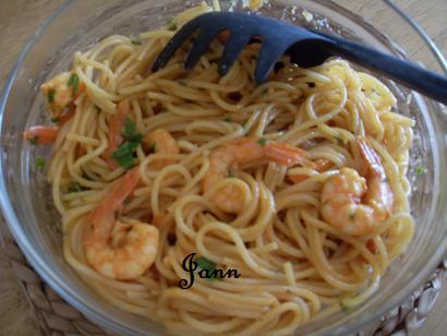 Prawn & garlic pasta Sdc12821