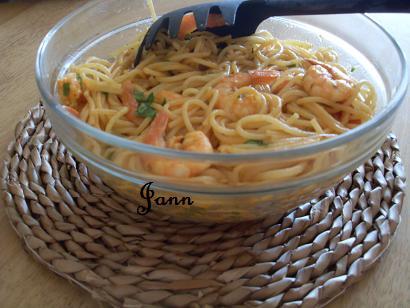 Prawn & garlic pasta Sdc12822