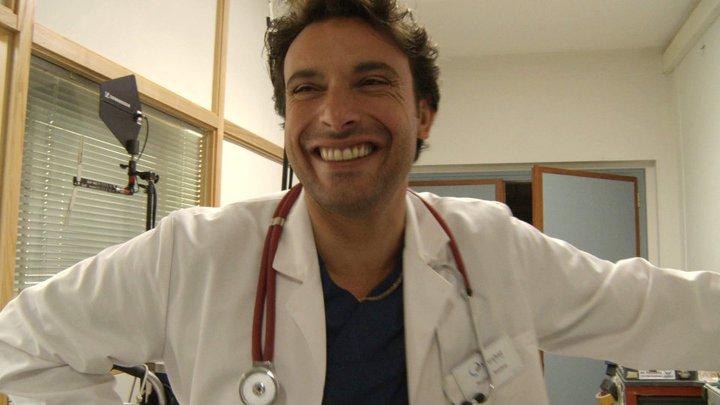 La clinique de l'Amour 22633111