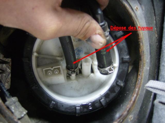 [Moteur M41] Pompe de gavage + jauge de gasoil Depose11