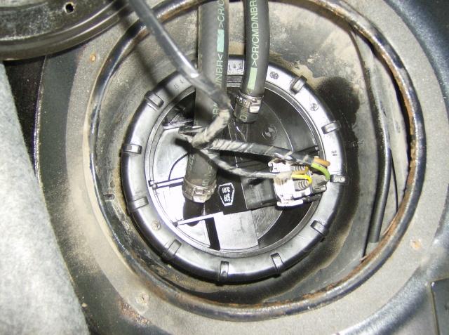 [Moteur M41] Pompe de gavage + jauge de gasoil Remont12