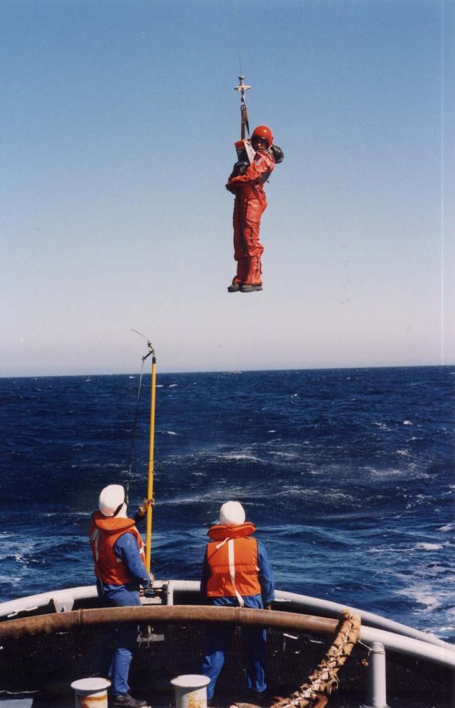 [ Aéronavale divers ] Hélicoptère DAUPHIN - Page 2 Heli-016