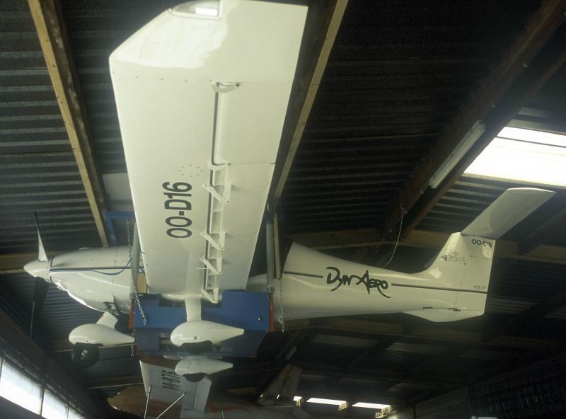 Pendre son MCR sous le toit d'un hangar 29600c10