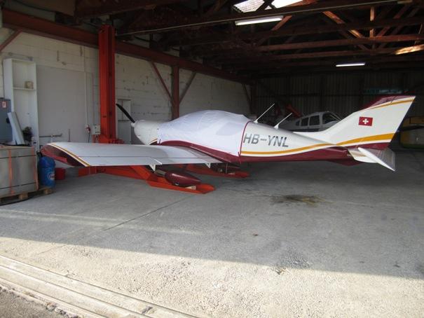 Pendre son MCR sous le toit d'un hangar Img_1213