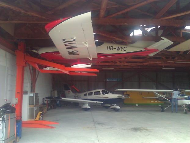 Pendre son MCR sous le toit d'un hangar Wp_00010