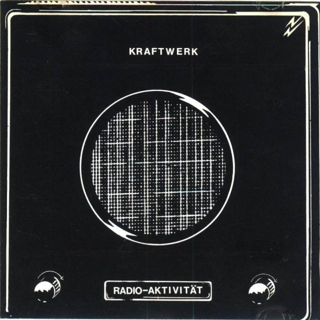 Kraftwerk - Radio-Activity (1975) 3zc2ya11