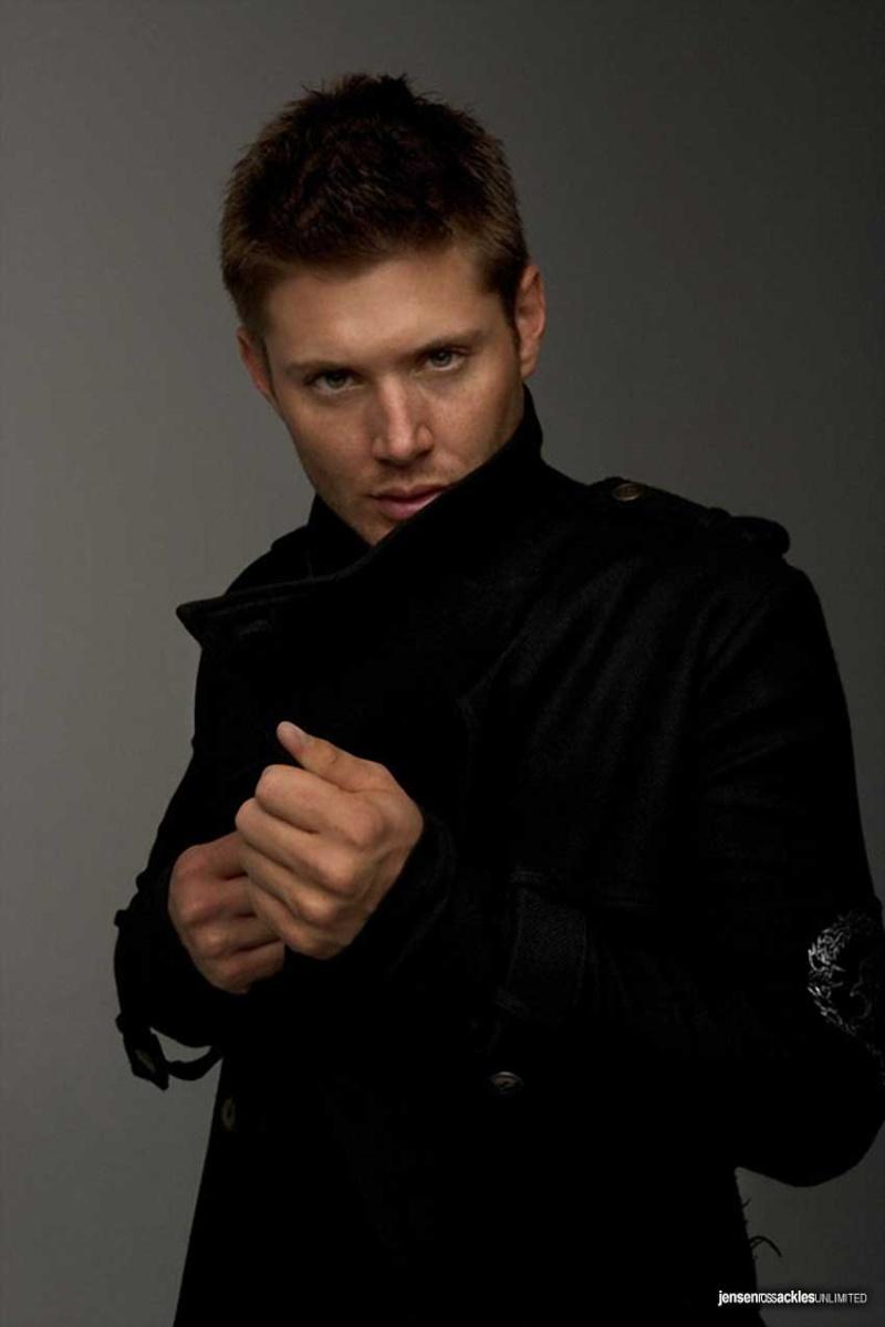 Qual é a vossa foto preferida do Jensen? Promos10