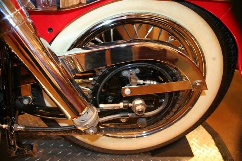 Les vieilles Harley......... (ante 84) - Page 38 Img_8819