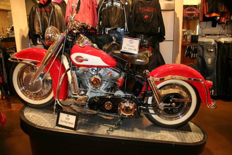 Les vieilles Harley......... (ante 84) - Page 38 Img_8820