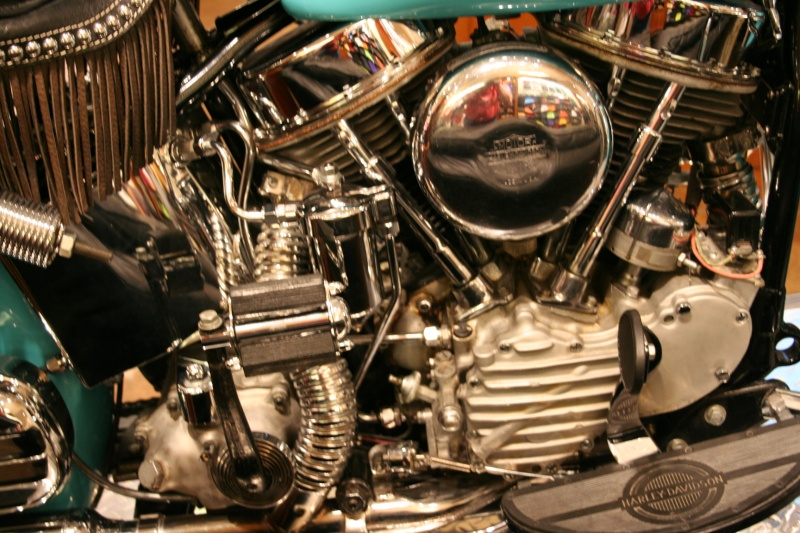 Les vieilles Harley......... (ante 84) - Page 38 Img_8824