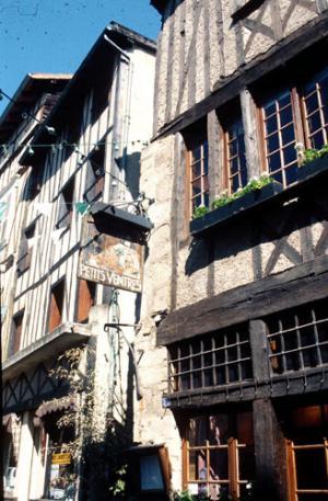 Limoges la méconnue, France Bouche11