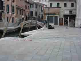 joliet - Lieux de tournages de films vus avec Google Earth - Page 12 Indy3_10