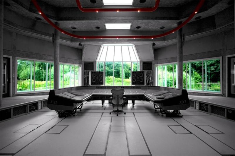 Peter Gabriel's Real World Studio, Box - Angleterre Real_w15