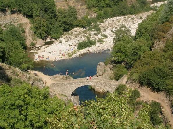 Ponts du Diable Thueyt10