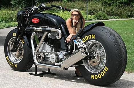 A Maior Moto do MUndo!!! Gunbus12
