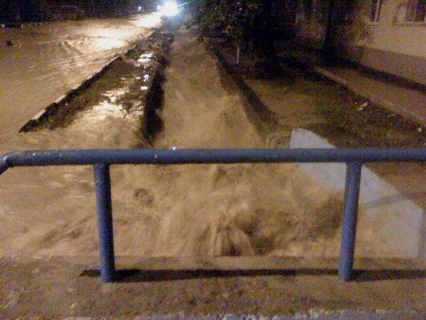Inondations: les Russes cherchent des responsables - par Pierre Avril et les autres... K8op2-10