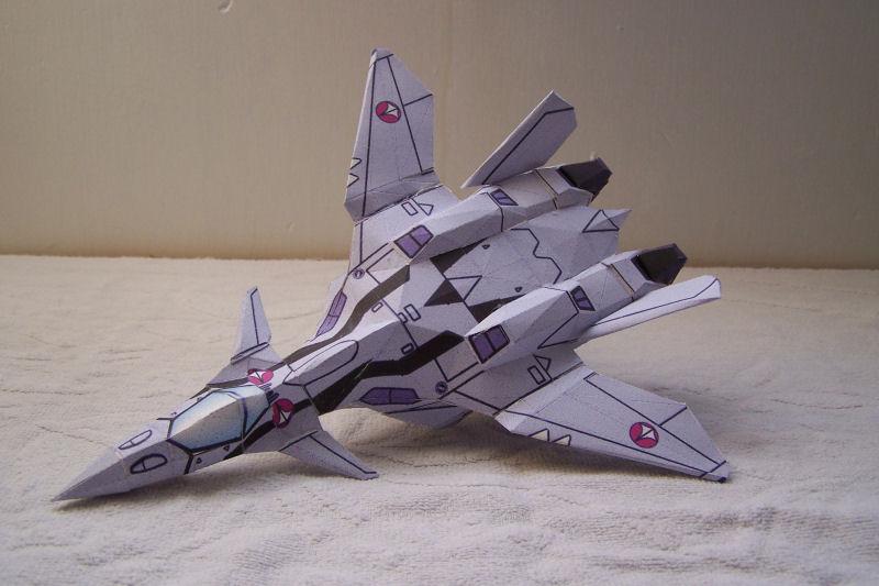 Macross VF-11 Macros12