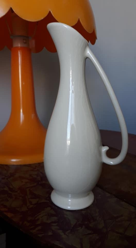 Titian Jug Vase 20810