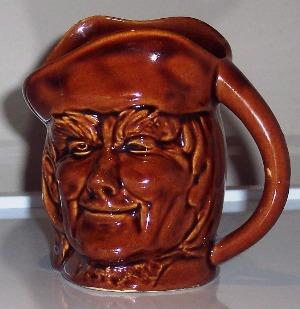431 Santa mug and 432 toby jug INQUEST. 432_to11