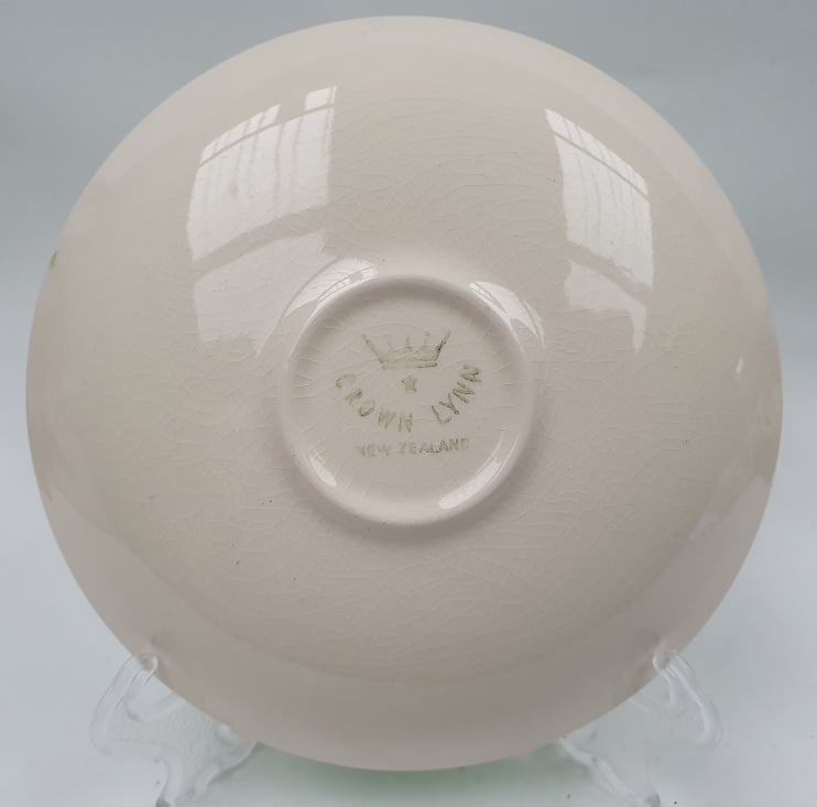 Shape 803 Saucer to 753 Cup 803_ba10