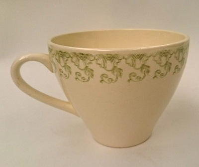 Scroll like pattern on Kelston Saucer is Border Pat.No.119 Border10
