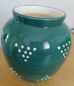 Daniel Steenstra Green Vase with dots No.3 courtesy of Jill Cooper Daniel10