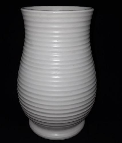 Ernest Shufflebotham Hand Potted vase 24.1.53 Earnes10