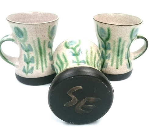 Engelhard mugs using their black clay Engelh10