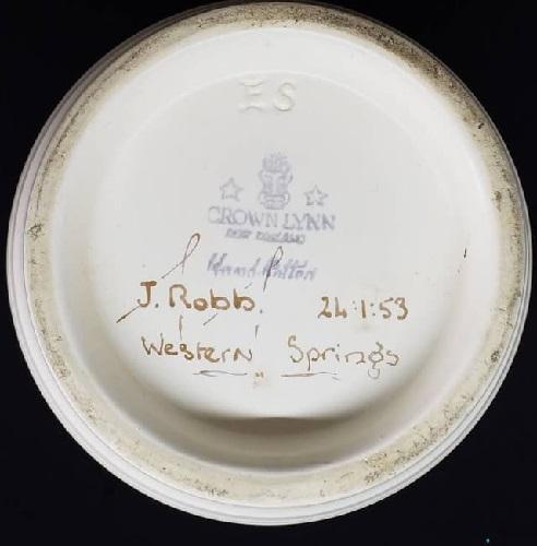 Ernest Shufflebotham Hand Potted vase 24.1.53 Ernest10