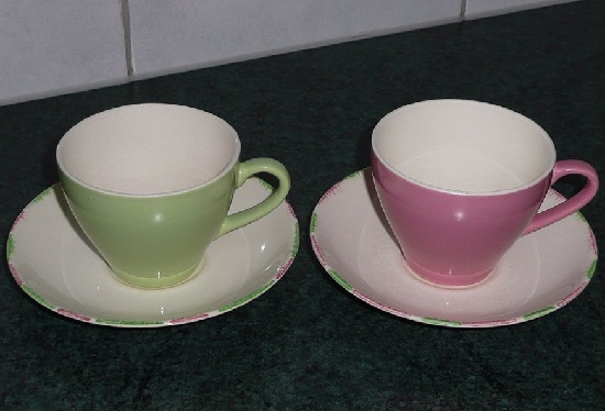 Green and Pink Kelston Ware saucers Green_11