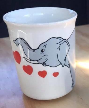 I love cats mug and I love Elephants mug I_love12