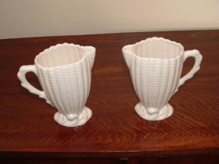 hon-john asks if these jugs are Crown Lynn.... No they are Titian Presley Ware Jugs_x10