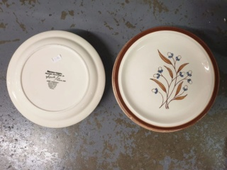 Another Mayon Ceramics pattern by Teresita Jose Mayon_10