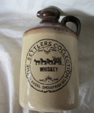 Otzel Settlers Collection Whiskey bottle Orzel_14