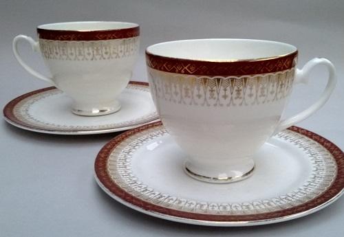 Royal Grafton souvenir dish Royal_10