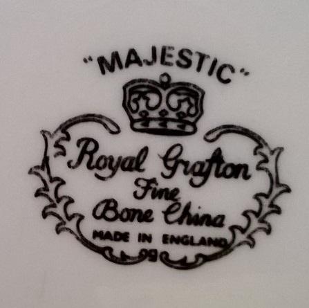 Royal Grafton souvenir dish Royal_11