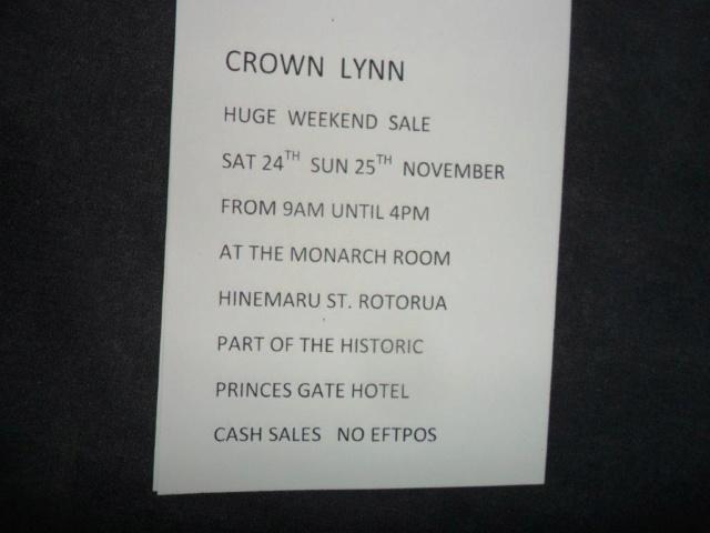 lynn - Hon-John is having a huge Crown Lynn sale in Rotorua 24th & 25th November Sam_2810