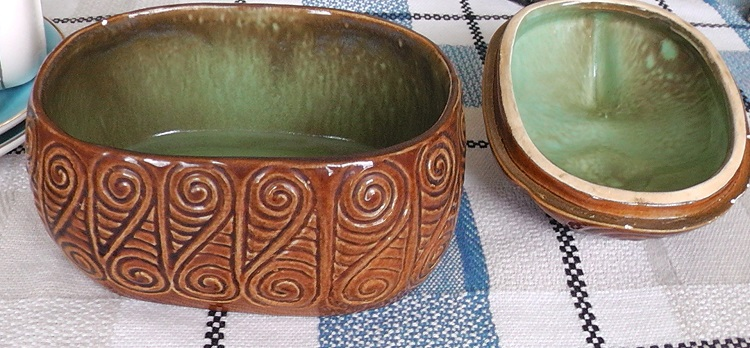 New Shape Wharetana Ware Lidded Box Win_wh10