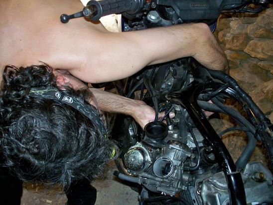 Rencontre mécanique avec Mox le 5 et 26 Aout 2011 !!! 100_2721