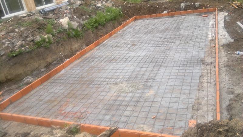 piscine à débordement (besoin de conseils) 12052012