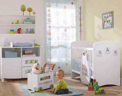 Maison à rafraîchir : La chambre de ma fille de 2 ans ? 2 murs peints, ça avance ! Page 4 - Page 4 Chambr20