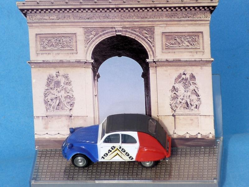 Citroën miniatures, on a fêté la 2CV Berlin12