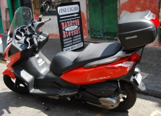 Pictures of Kymco Downtown and SHAD Motorcases 26188613