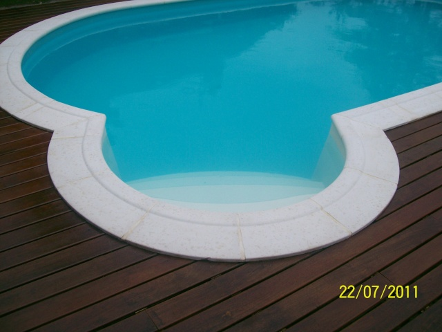 La terrasse, c'est long et pas simple ! enfin comme le reste 102_2711