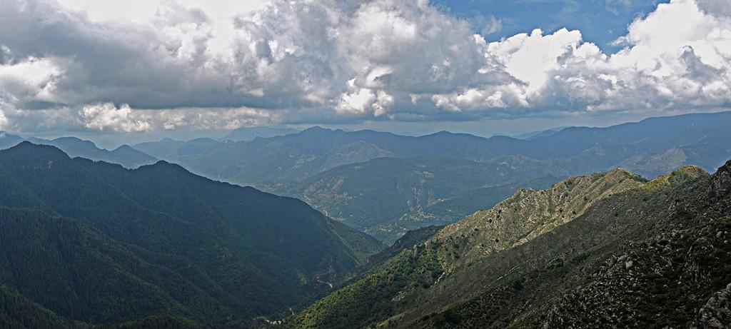 Des crêtes de l'Arpiha ( Turini - Alpes Maritimes ) Panora12