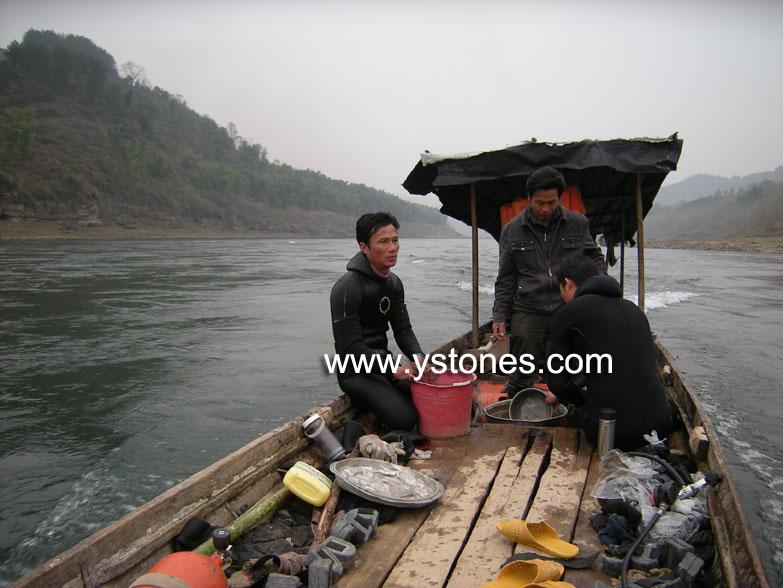 Frog stone and Wujiang River Dscn9612