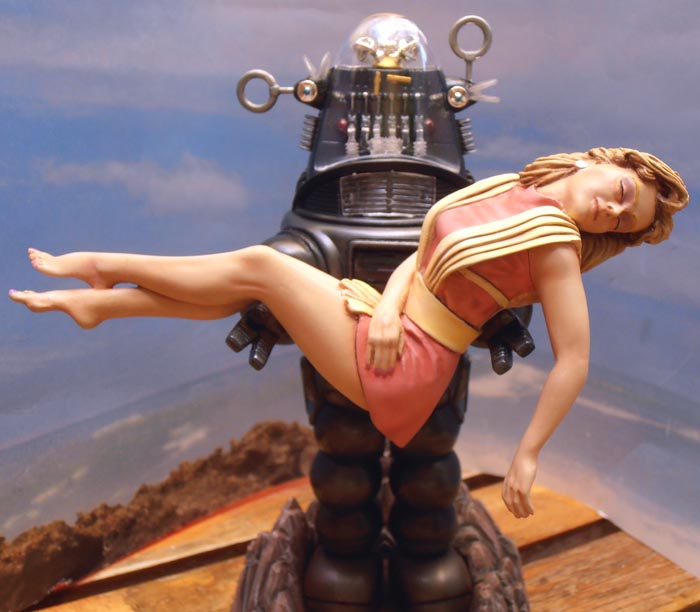Robby the Robot from 'Forbidden Planet' Ready110